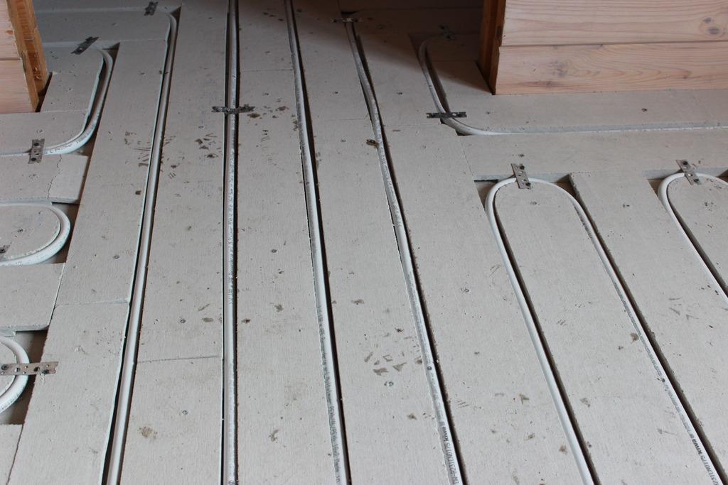 Теплый водяной пол своими руками на деревянный пол видео
